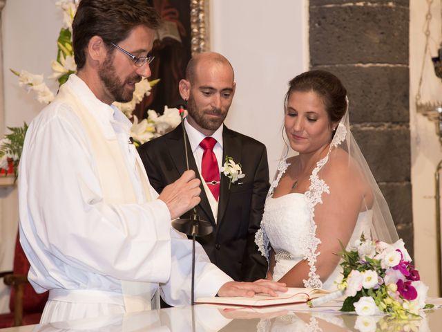 La boda de Jacopo y Azahara en Playa Blanca (Yaiza), Las Palmas 10