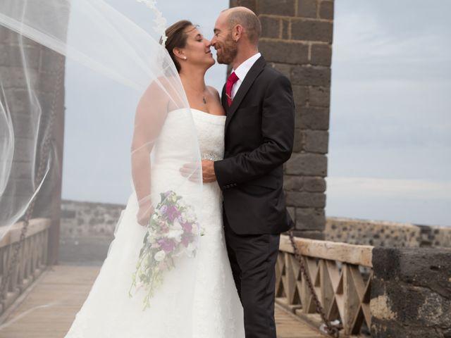 La boda de Jacopo y Azahara en Playa Blanca (Yaiza), Las Palmas 20