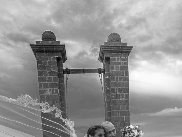 La boda de Jacopo y Azahara en Playa Blanca (Yaiza), Las Palmas 23
