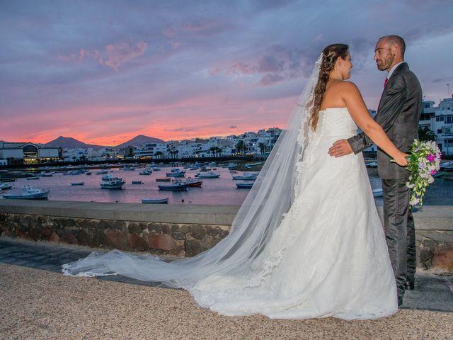 La boda de Jacopo y Azahara en Playa Blanca (Yaiza), Las Palmas 30