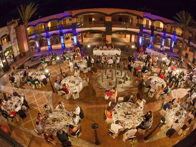 La boda de Jacopo y Azahara en Playa Blanca (Yaiza), Las Palmas 38