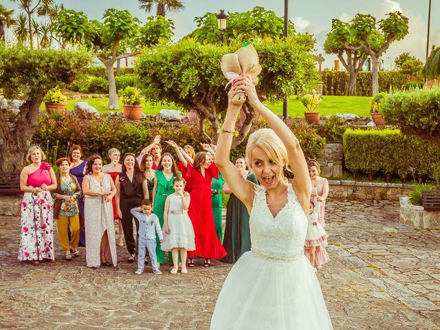 La boda de Marcos y Sandra en Arteixo, A Coruña 28