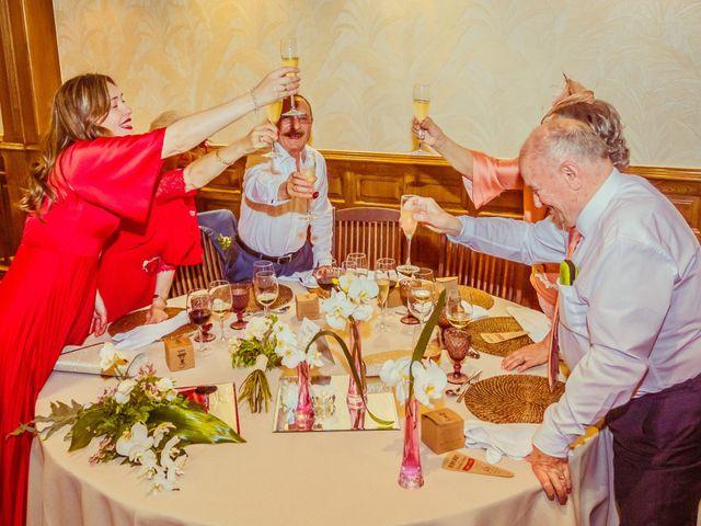 La boda de Marcos y Sandra en Arteixo, A Coruña 31