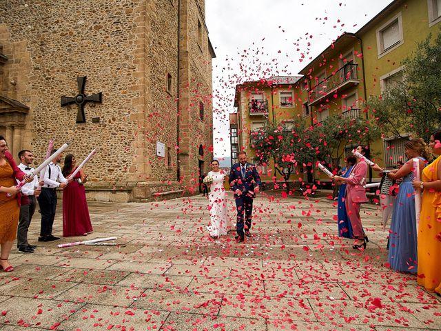 La boda de Ernesto y Nadia en Ponferrada, León 10