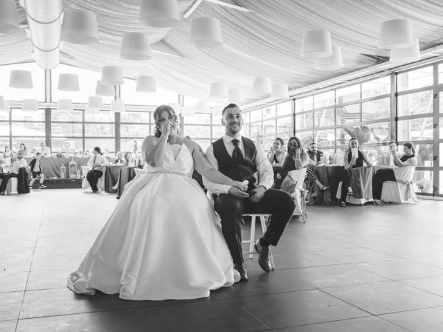 La boda de Javi y Cova en Colloto (Siero), Asturias 66