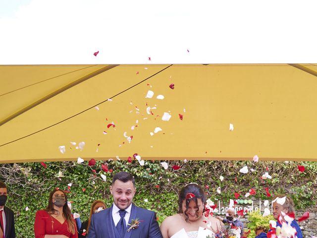 La boda de Javi y Cova en Colloto (Siero), Asturias 80
