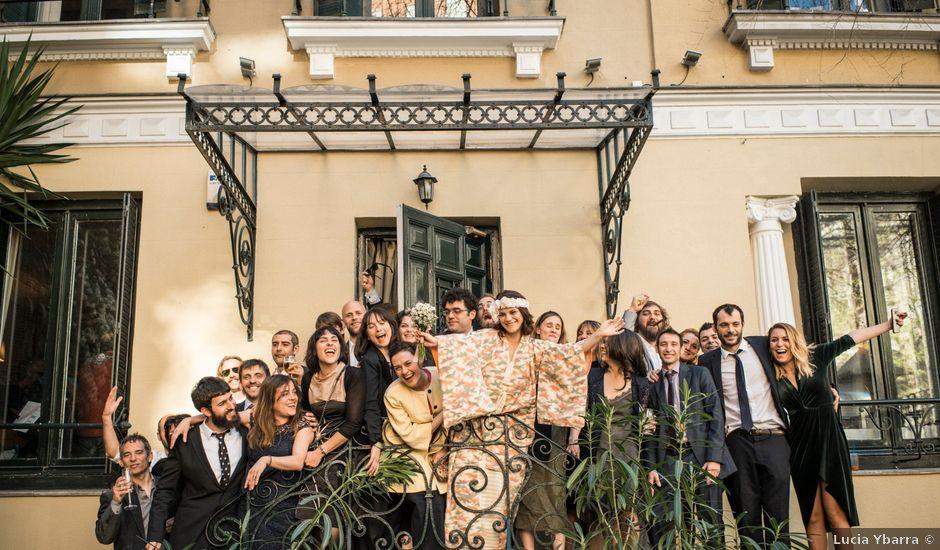La boda de Pablo y María en Madrid, Madrid