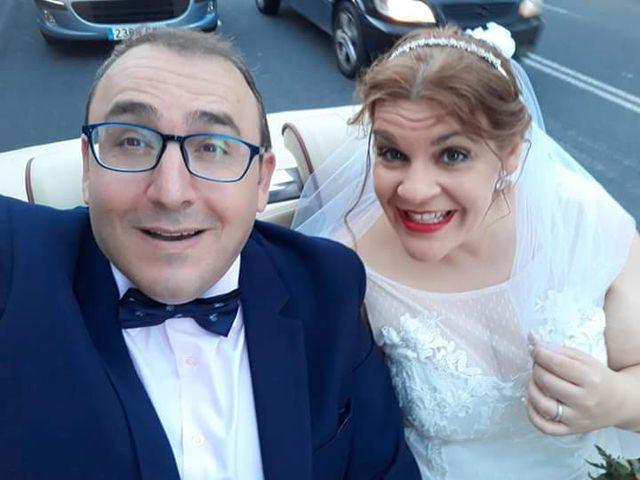La boda de Jesús y Lorena en Sevilla, Sevilla 1