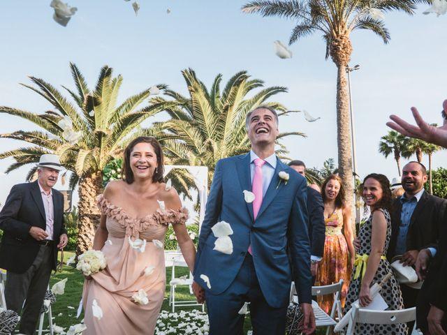La boda de Oscar y Marian en Salinas Del Carmen, Las Palmas 4