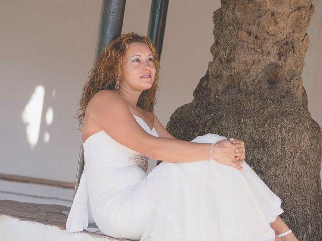 La boda de Humberto y Verónica en Chiclana De La Frontera, Cádiz 29
