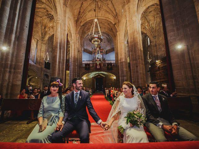 La boda de Cristina y Luis en Cáceres, Cáceres 32