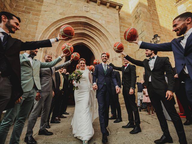 La boda de Cristina y Luis en Cáceres, Cáceres 37