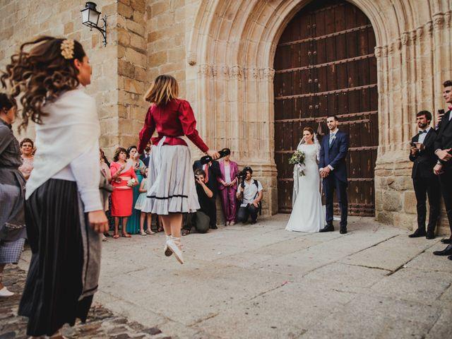 La boda de Cristina y Luis en Cáceres, Cáceres 39