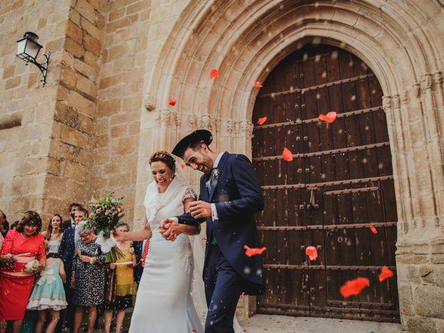 La boda de Cristina y Luis en Cáceres, Cáceres 41