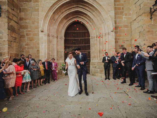 La boda de Cristina y Luis en Cáceres, Cáceres 42