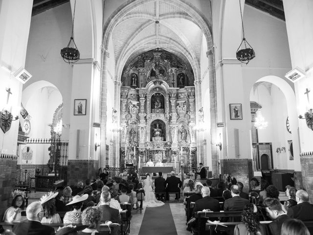 La boda de Carmen y Rafael en Huelva, Huelva 15