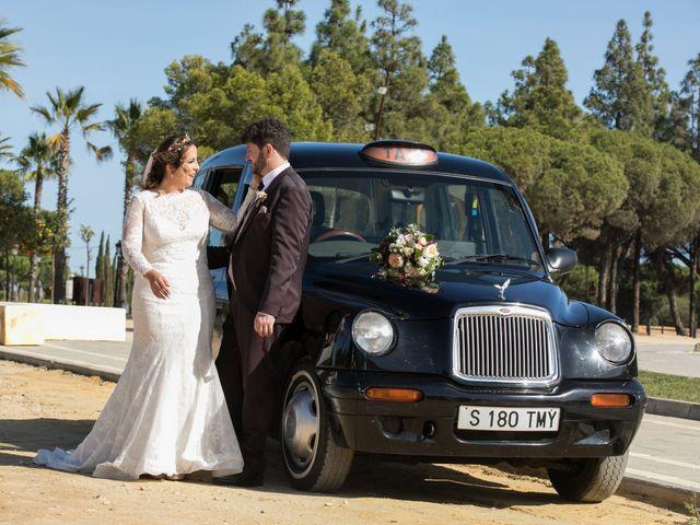La boda de Carmen y Rafael en Huelva, Huelva 23