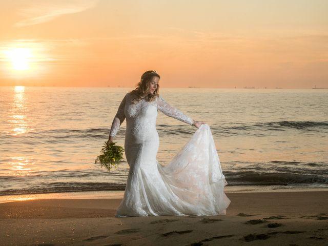 La boda de Carmen y Rafael en Huelva, Huelva 51