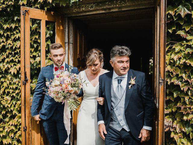 La boda de Santi y Lore en Nigran, Pontevedra 38