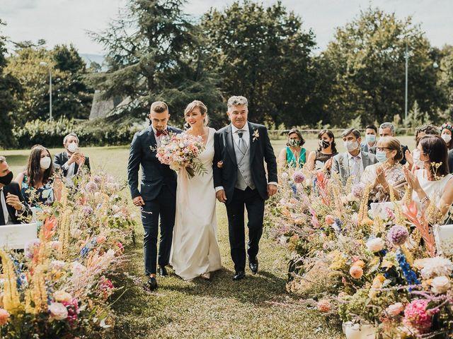 La boda de Santi y Lore en Nigran, Pontevedra 40