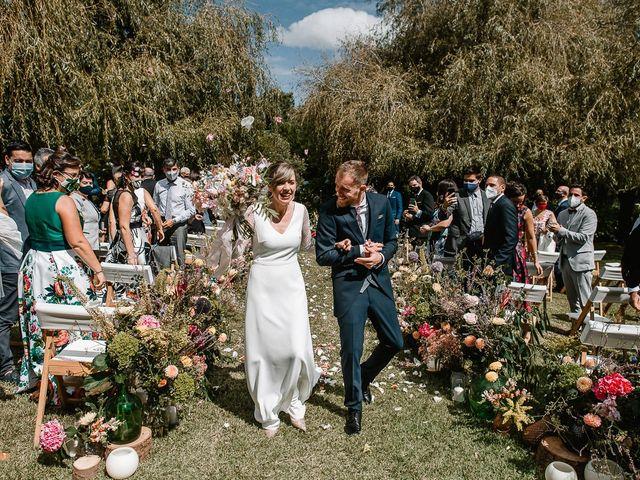 La boda de Santi y Lore en Nigran, Pontevedra 56