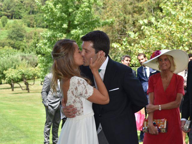 La boda de Jon y Lucia en Berango, Vizcaya 16