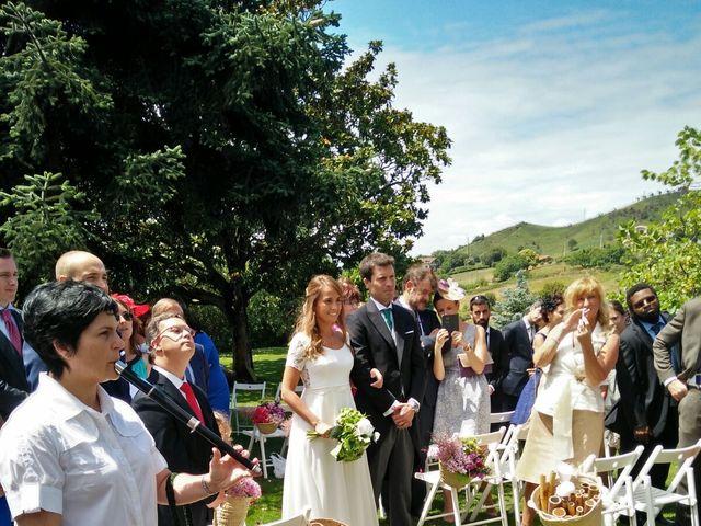 La boda de Jon y Lucia en Berango, Vizcaya 20