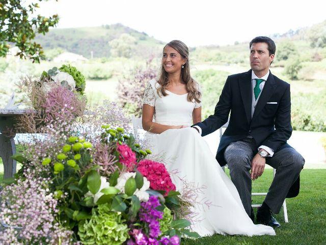 La boda de Jon y Lucia en Berango, Vizcaya 34