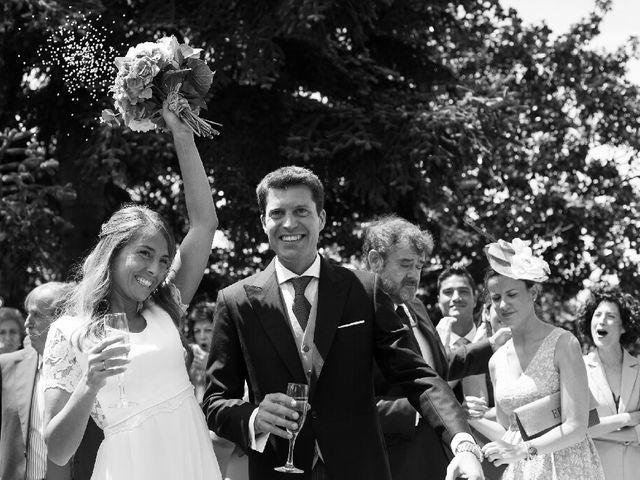 La boda de Jon y Lucia en Berango, Vizcaya 35