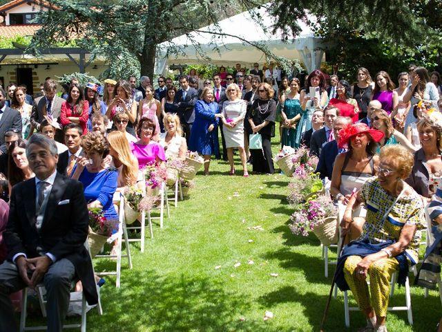 La boda de Jon y Lucia en Berango, Vizcaya 54