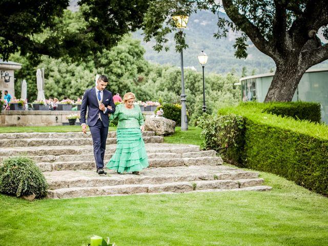 La boda de Gabriel y Laura en San Lorenzo De El Escorial, Madrid 16