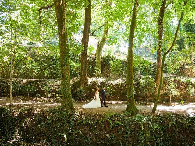 La boda de Santi y Matilde en Santiago De Compostela, A Coruña 10