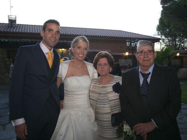 La boda de Adrián y Ana en Torrelaguna, Madrid 9