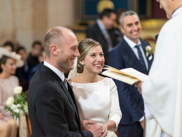 La boda de Miguel y Laura en L' Alcora, Castellón 24