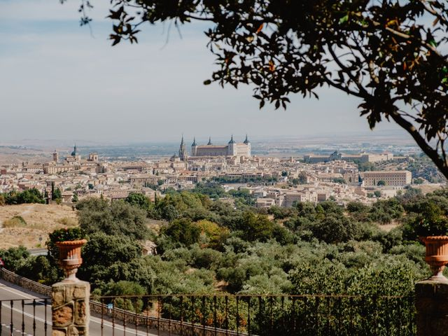 La boda de Jesús y Cristina en Toledo, Toledo 1