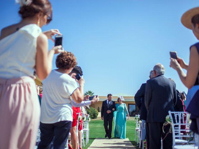 La boda de Nacho y Teresa en Chiclana De La Frontera, Cádiz 9