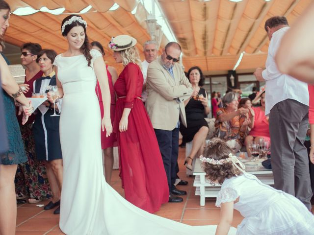 La boda de Nacho y Teresa en Chiclana De La Frontera, Cádiz 17