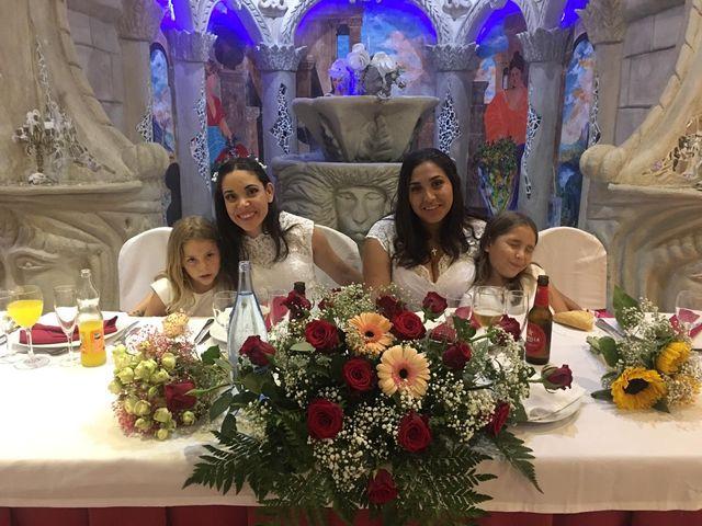La boda de Nelly y Vanesa en Petrer, Alicante 6