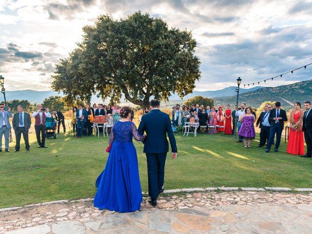 La boda de Manuel y Yolanda en Collado Villalba, Madrid 23