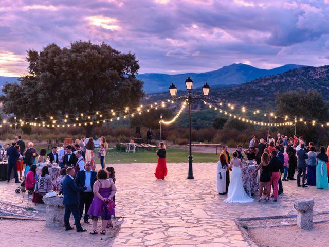La boda de Manuel y Yolanda en Collado Villalba, Madrid 91