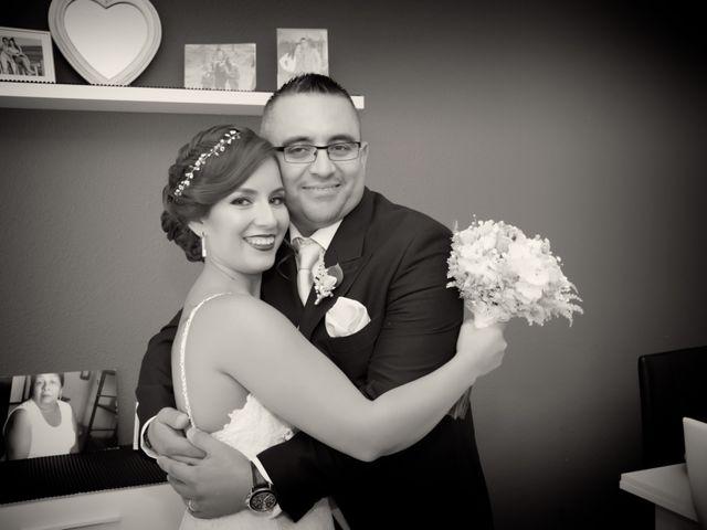 La boda de Victor y Johana en Almería, Almería 12