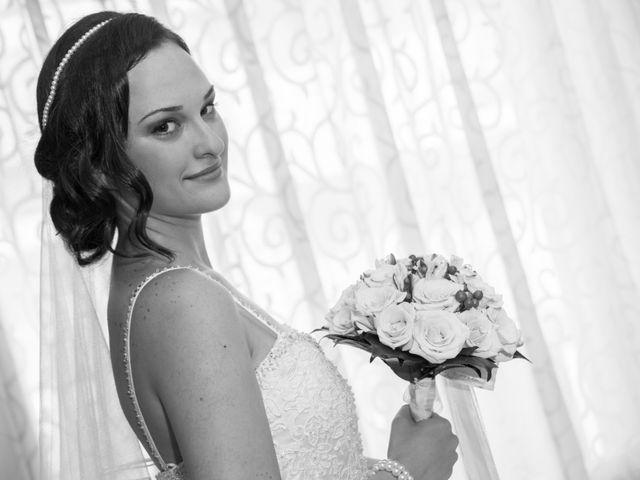 La boda de Yonut y Carmen Elena en Elx/elche, Alicante 42