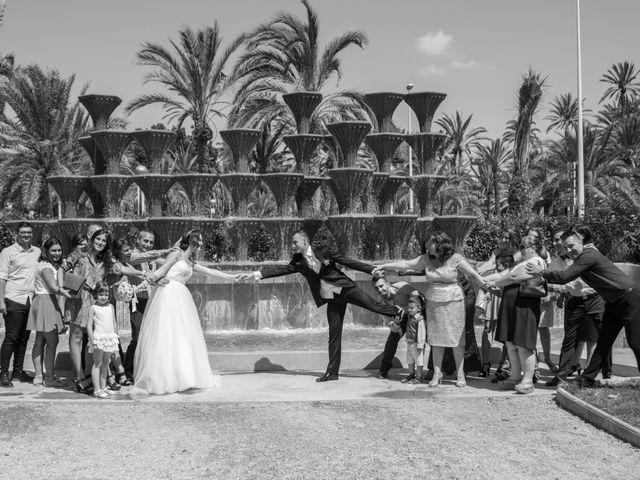 La boda de Yonut y Carmen Elena en Elx/elche, Alicante 59