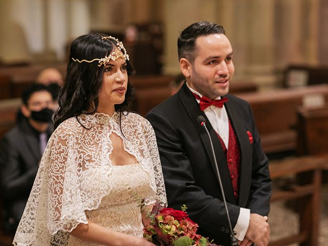 La boda de Wallys y Carla  en Barcelona, Barcelona 16