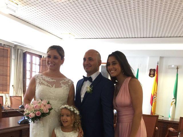 La boda de Raimundo  y Mariela en Málaga, Málaga 2