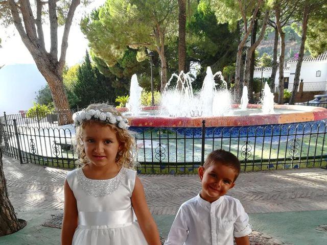 La boda de Raimundo  y Mariela en Málaga, Málaga 5