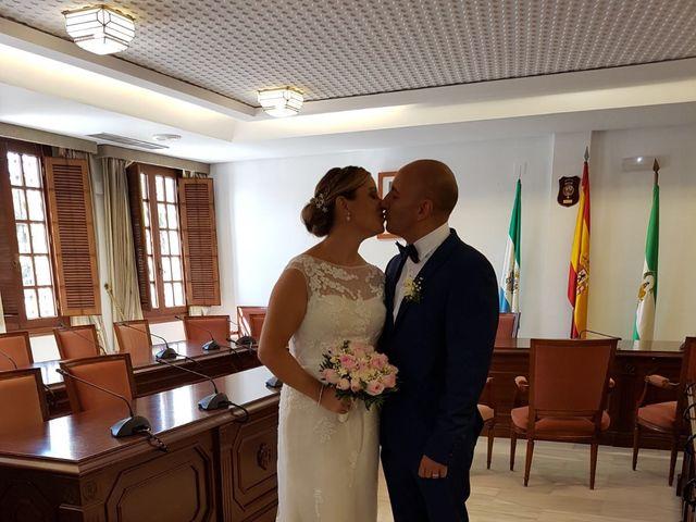 La boda de Raimundo  y Mariela en Málaga, Málaga 8