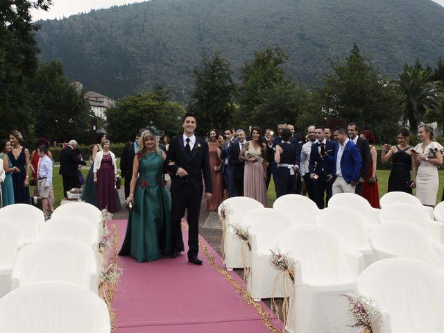 La boda de Jon y Maider en Gautegiz Arteaga, Vizcaya 3