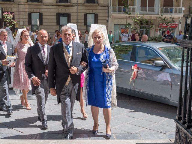 La boda de Curro y Paloma en Granada, Granada 17