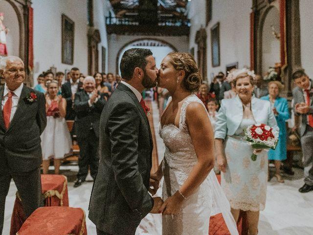 La boda de Jose y Chabely en San Cristóbal de La Laguna, Santa Cruz de Tenerife 23